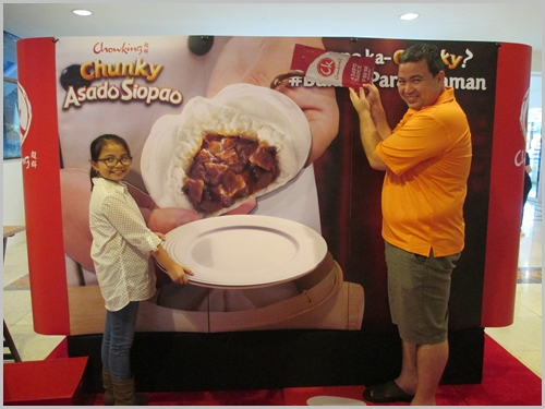Chowking Glorietta. Customers playfully posed at the trick art station to capture their delicious encounter with the Chowking Chunky Asado Siopao.