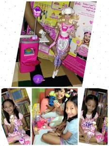 Barbie playset with friend